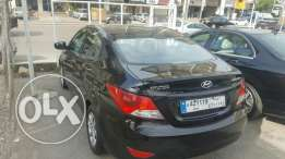 Hyundai Accent f.o like new 2013 black