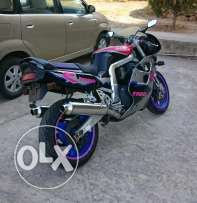 Gsxr 1100 for sale or trade بيع او تبديل