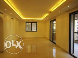 MK441 Apartment for sale in Beirut, Talet El Khayat 205 sqm, 5th floor