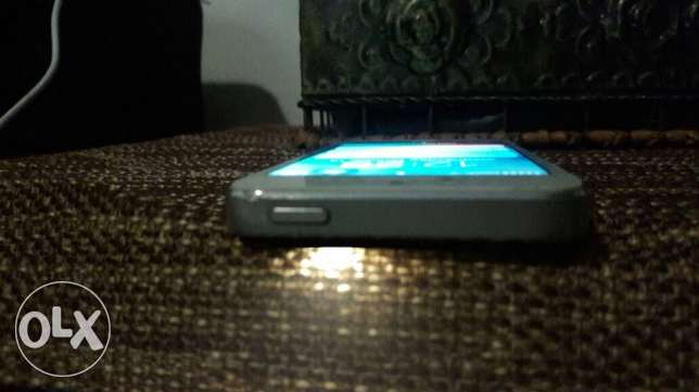 iphone 5 for sale حارة حريك -  3
