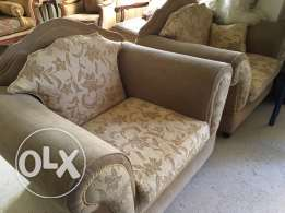 salon for sale at sin el fil 4 pieces sofa
