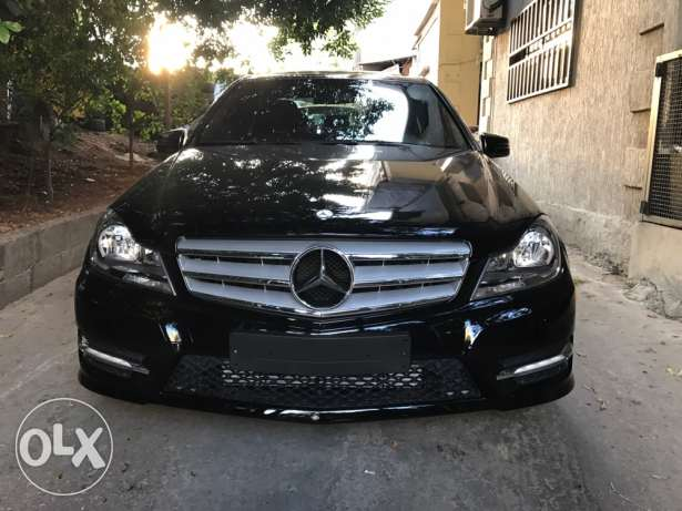 Mercedes Benz C250 Model 2012 Black In Black