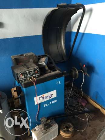 Brand New tyre changer and wheel balancer