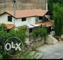 Broummana Individual 2 bedrooms house for Rent