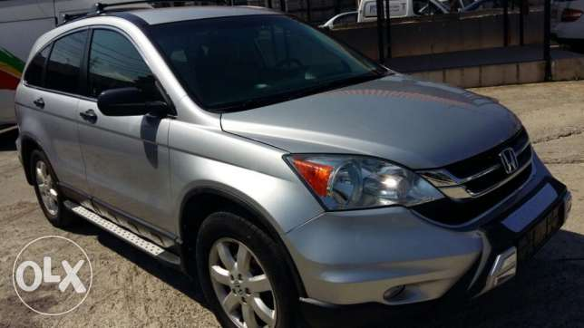 Honda CR-V, model 2010, 40000 Miles ONLY!!