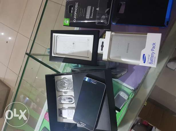 note 5 super clean full package like new