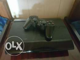 Ps3 very good condition + 5 cds + 1 controller + all the cables 350$
