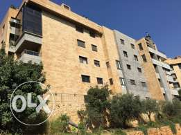 For rent 2-bedroom apartment in Mansourieh
