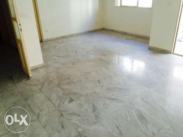 Refurbished spacious Apartment for rent close to AUB and IC