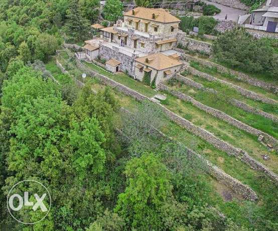 A 5000 square meters land in aramoun, keserwan , with an 800 m villa كسروان -  1
