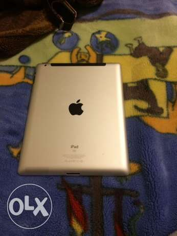 iPad 2 very good condition with cover