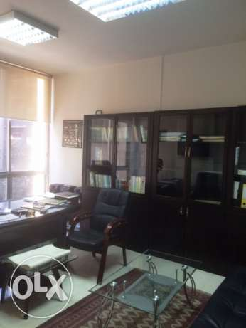 Office for rent in Hamra
