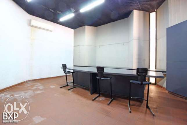 400 SQM Showroom For Rent in Manara,WH6549.