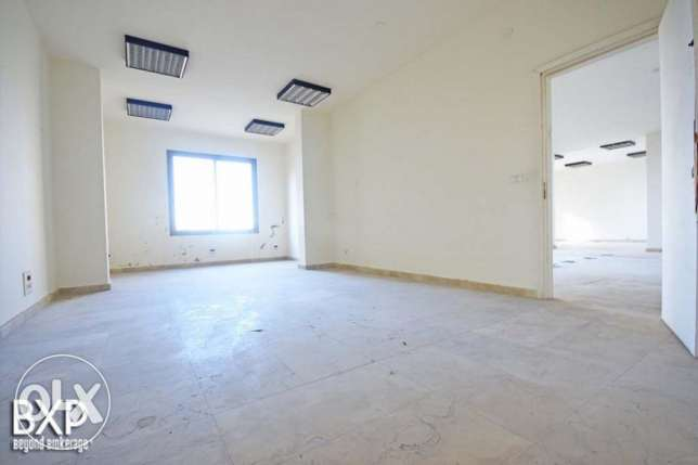 1600 SQM Building for Rent in Beirut, Summerland B5372 راس  بيروت -  6