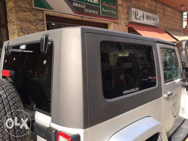 Hard top for wrangler JK