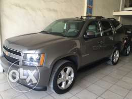 2009 Tahoe 7 seats clean camera navigation اجنبي