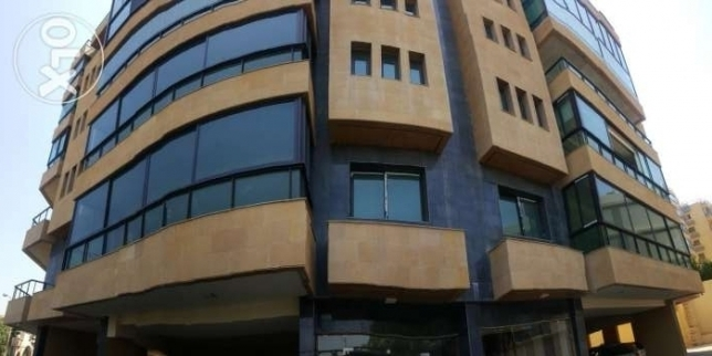 Appartment for sale in Hazmieh with amazung view and adds