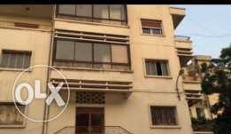A 3 floors commercial building for rent