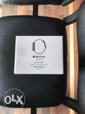 sealed Apple Watch Series 2 42mm case.