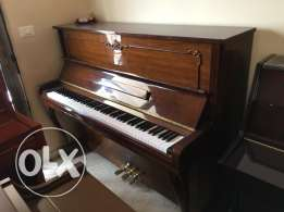 piano used like new