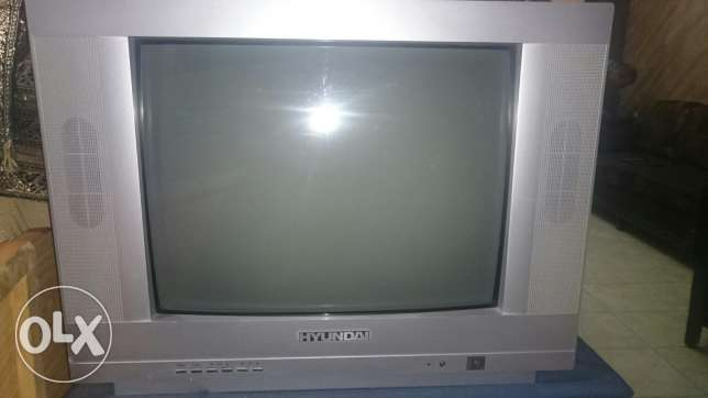 Tv hyndaii + free dvd for sale