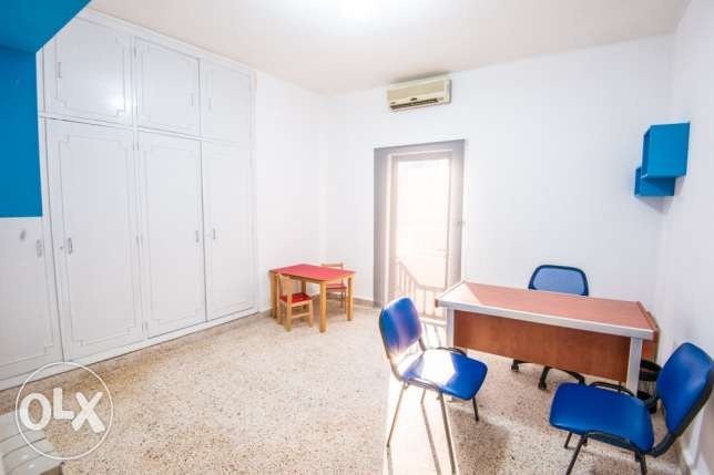 room in a polyclinic at jounieh (عيادة) كسروان -  2