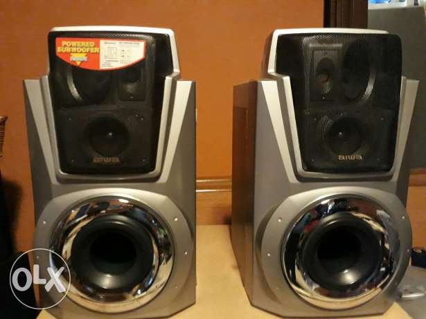 2 Awia speakers 8 inchs 3 way the original made in Japan clear Bass