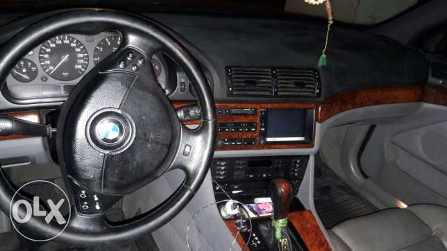 bmw for sale 528 model.1998
