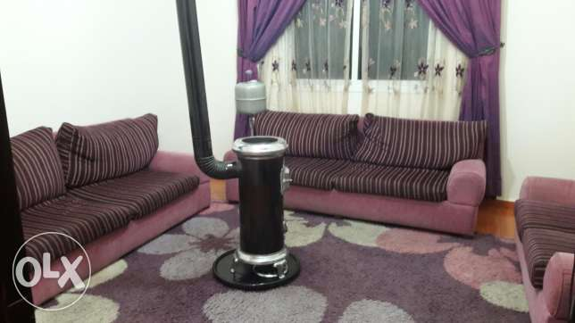 Living room for sale 350$ with carpet&curtain