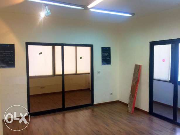 100sqm prime location office for rent in Verdun