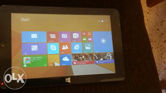 Iconz Tablet for sale. Windows 8. Very good condition. الدورة -  2