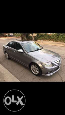 2008 c 300 gray clean carfax no paint