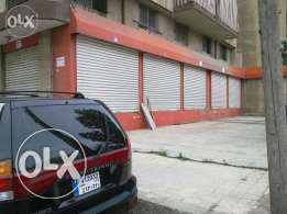 5 stores for rent or sale in dekweneh