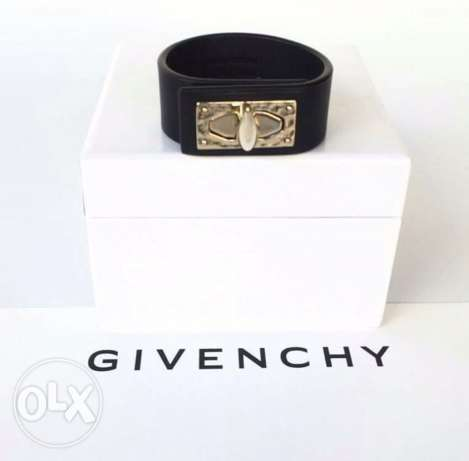 Givenchy Shark Tooth Leather Bracelet - AUTHENTIC