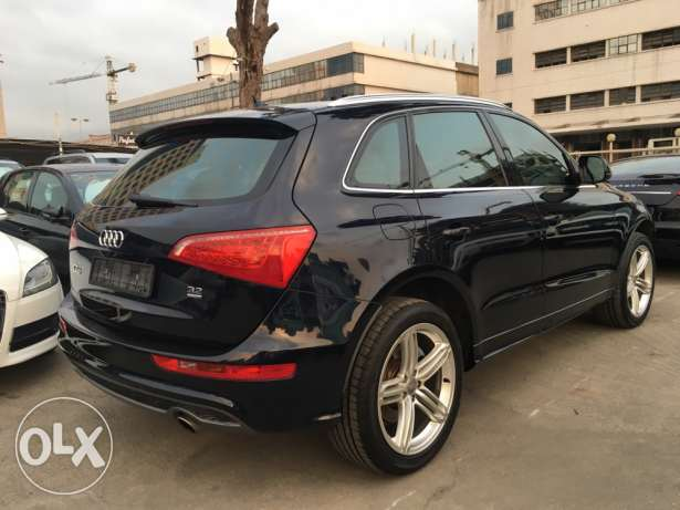 Audi Q5 S Line 2009 Blue Black Top of the Line in Excellent Condition! بوشرية -  8