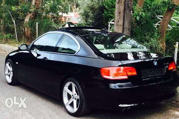 BMW 328i coupe 2007 super clean
