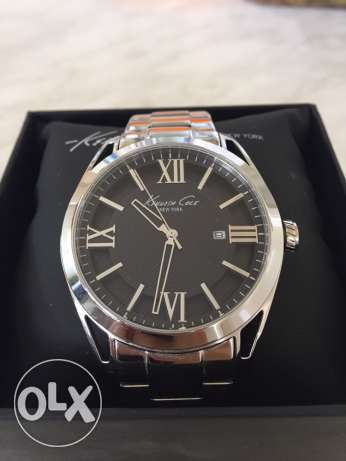 Kenneth Cole New York watch, excellent condition, black inside, 3D