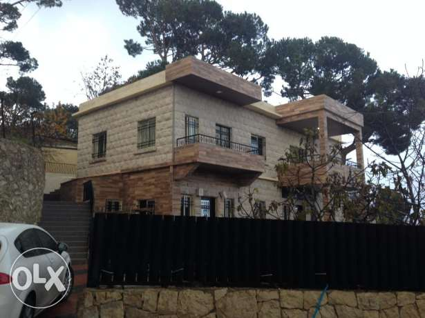 For rent a apartment fuly renovated in bolonia(بولونبا)