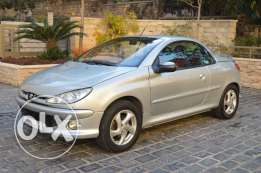 Peugeot 206cc (Convertible) Model 2004 Super clean !!