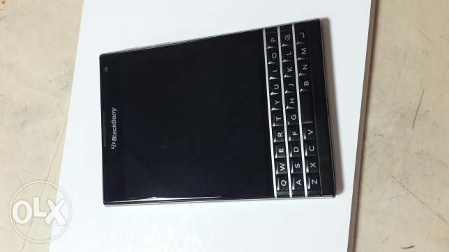 Blackbery Passport (brand new) انطلياس -  2