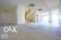 1600 SQM Building for Rent in Beirut, Summerland B5372