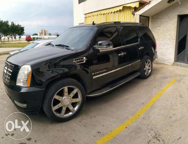 Escalade Premium Black