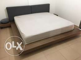 bed room , walnut . modern bed with low cabinet and new FAP mattresse