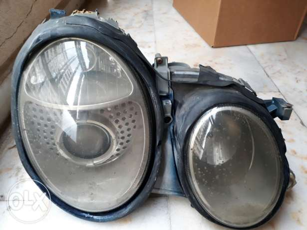 2 Headlights for clk 208 (used)