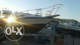 Ya5t Bayliner 1990 v good condition