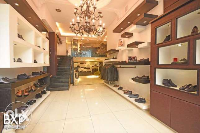 148 SQM Retail-Shop in Ras Beirut-Hamra,RE5957.