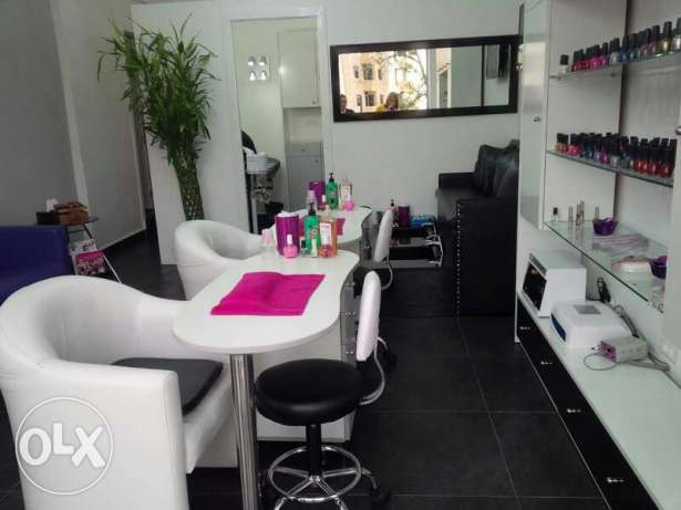 A highly furnished Beauty shop fully equipped with free parki g