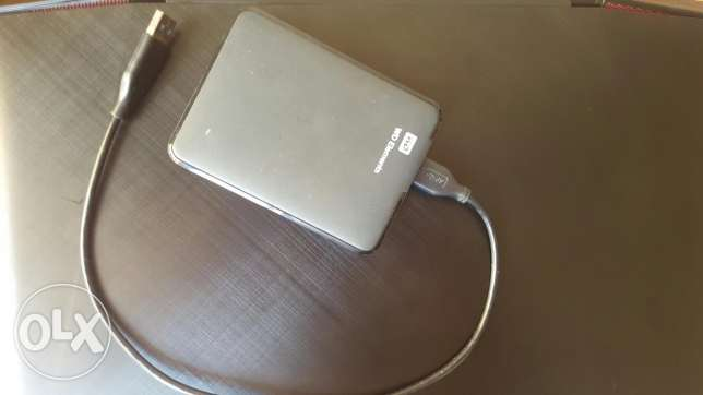 External HDD full with TV series, Movies & Documentaries