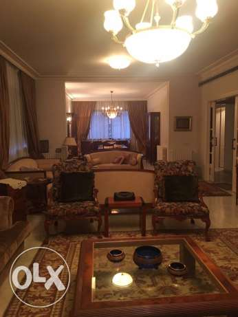 Talet Khayyat: 280m apartment for rent