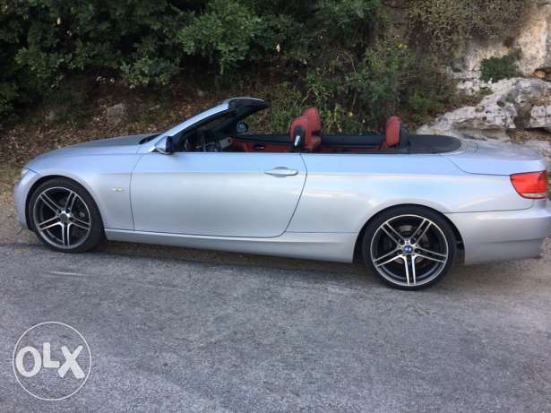 BMW 325 Convertible 2008